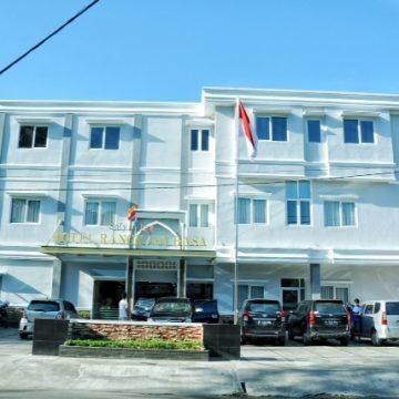 Rangkayo Basa Hotel Padang